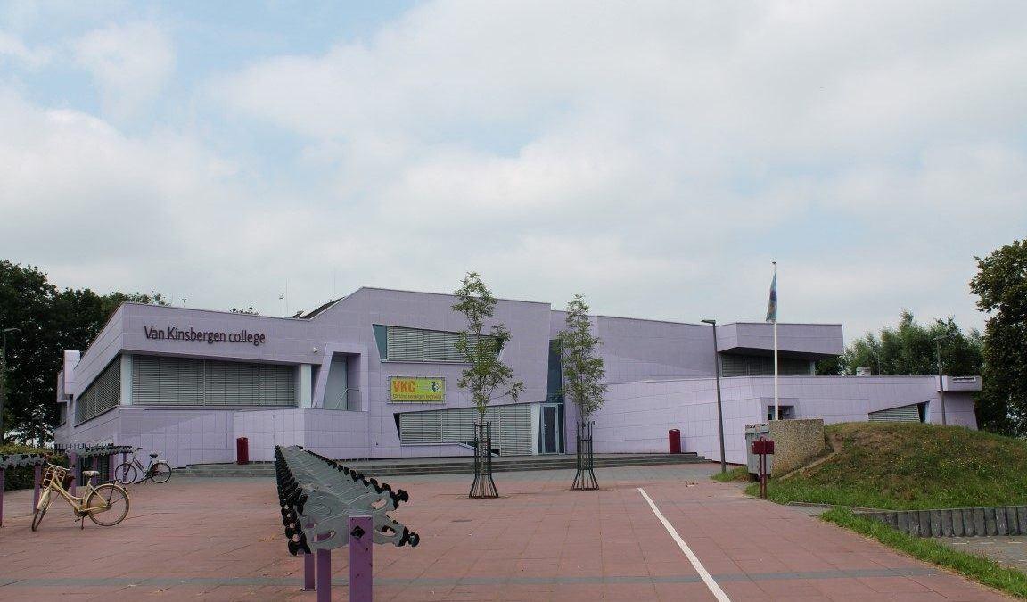 Van Kinsbergen College paarse school Elburg